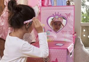 Tocador y caja guarda-juguetes secret dress