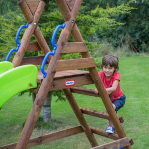 escorrega-com-estrutura-de-madeira-warsaw